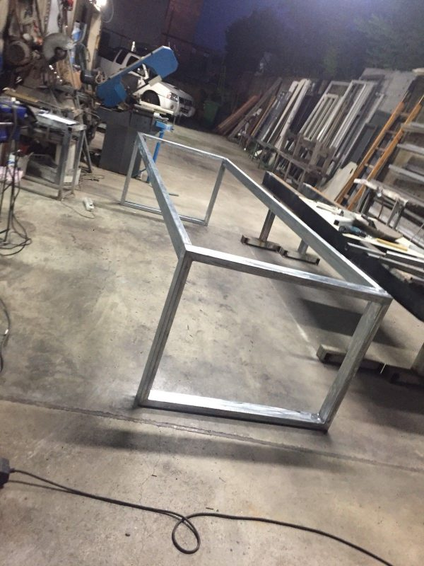 Telaio base tavolo scrivania metallo industrial design metal su misura